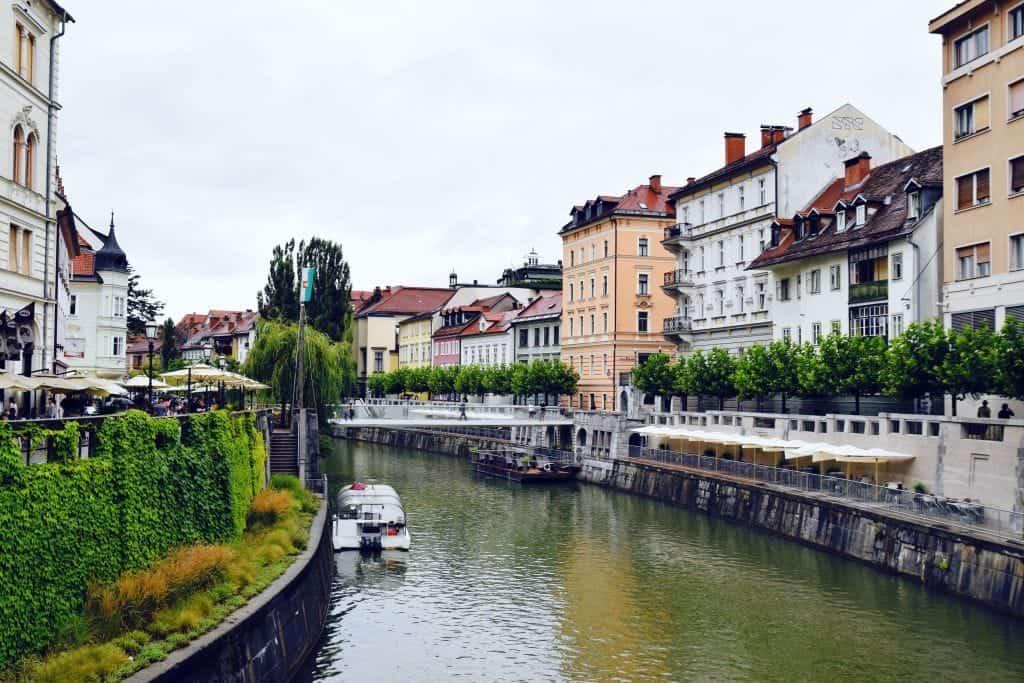 Ljubljana7 - Dit zijn de 25 mooiste plekken in Europa die je in 2021 écht moet bezoeken
