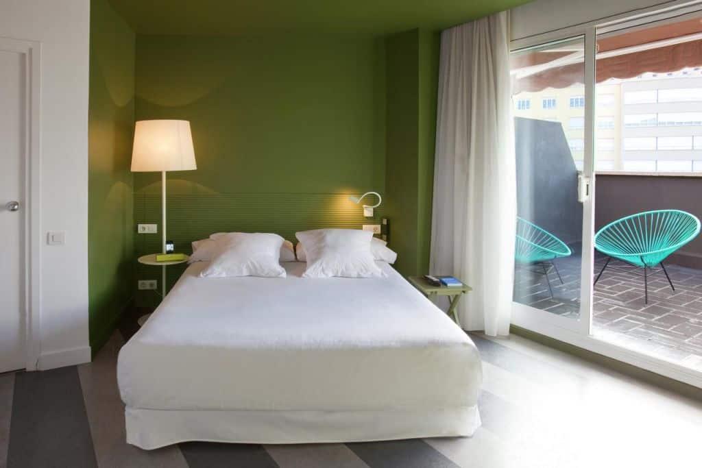18243103 - De 11 leukste goedkope hotels in Barcelona (centrum Barcelona)