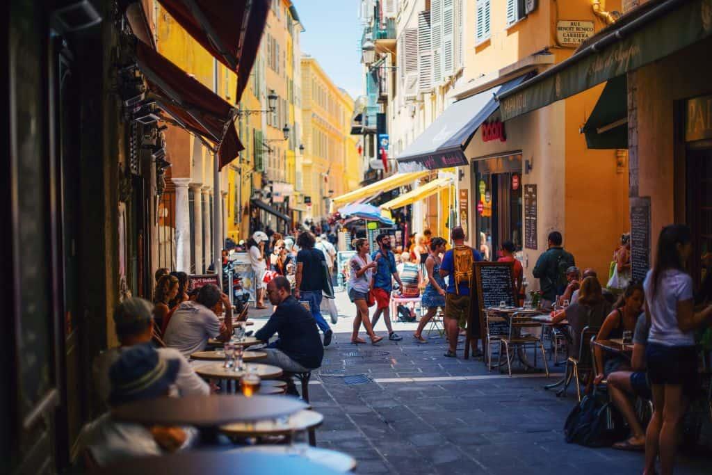 paul rysz 225870 unsplash - 18x tips voor goedkoop reizen in het hoogseizoen (binnen én buiten Europa)