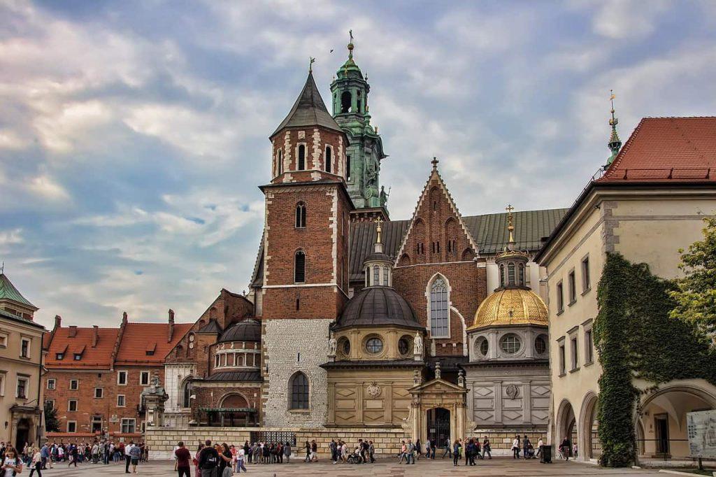 wawel 3683040 1280 1024x682 - Dit zijn de 30 mooiste steden in Europa voor jouw volgende stedentrip