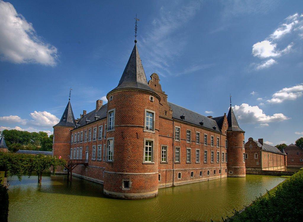 belgie kasteel alden biesen wikimedia - De 12 mooiste kastelen in België om te bezoeken tijdens een dagje uit
