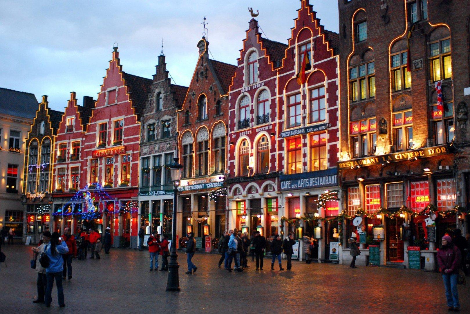 kerstmarkt brugge featured flickr - De 12 leukste kerstmarkten in België in 2019 (+ hoteltips)