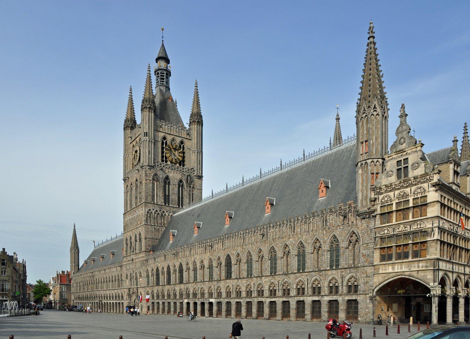 ieper wikimedia - De 14 mooiste plekken in België: steden, dorpen & natuur!