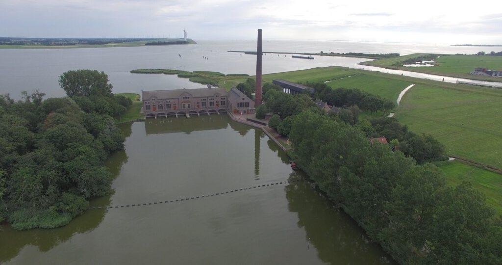 if woudagemaal flickr 1024x540 - De 21 mooiste plekken in Friesland: van natuur tot dorpen & steden!