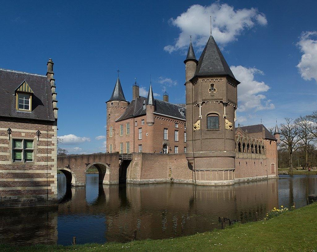 kasteel heeswijk wikimedia - De 18 mooiste plekken in Noord-Brabant voor een dagje uit!