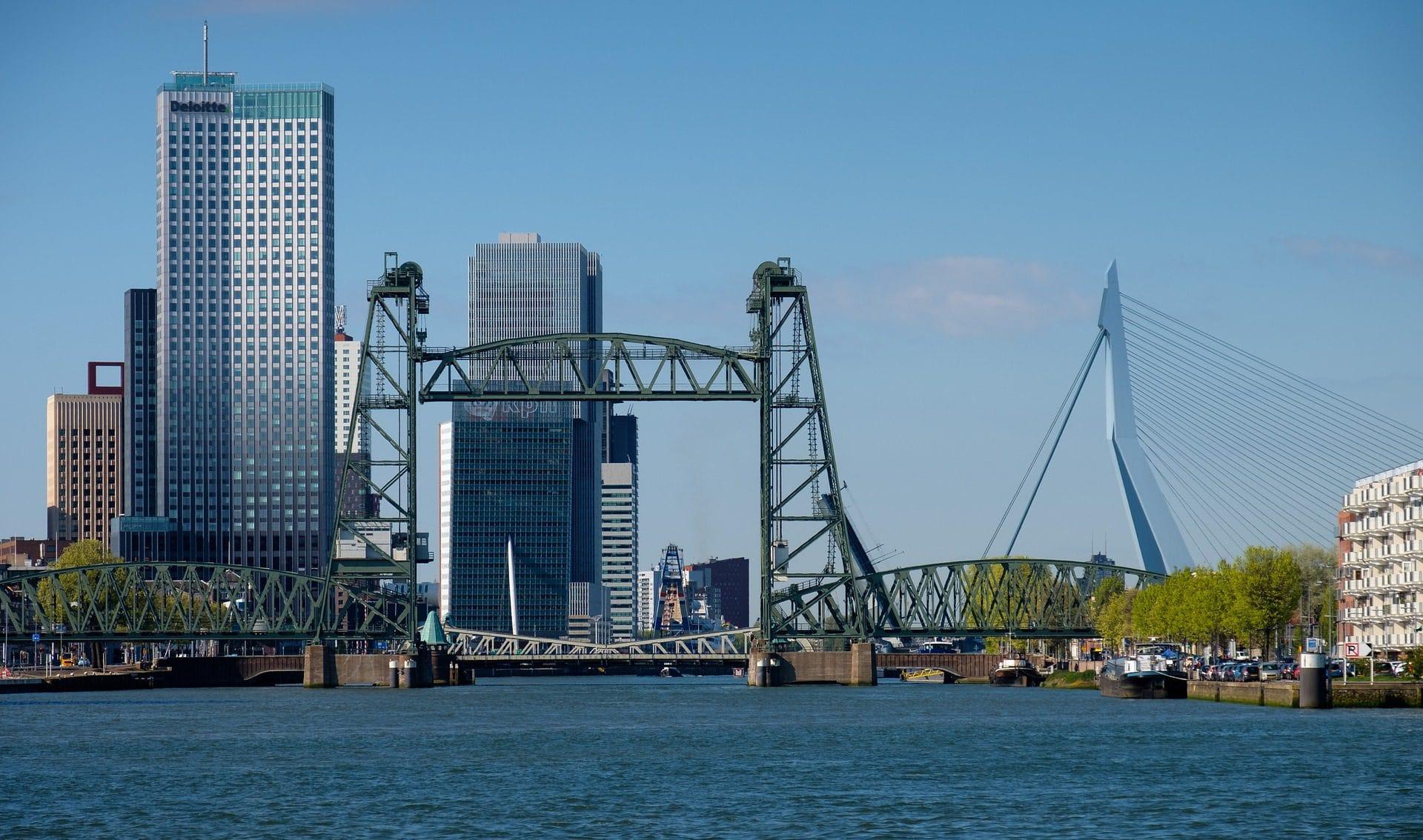 rotterdam 4152386 1920 - Wat te doen in Rotterdam: 32 leukste tips voor een dagje uit! (+ shoppen & hotels)