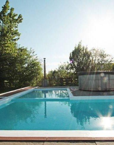 Woerden 3  385x489 - 10x de allerleukste vakantiehuizen met privé zwembad in Nederland (voor kleine & grote groepen!)