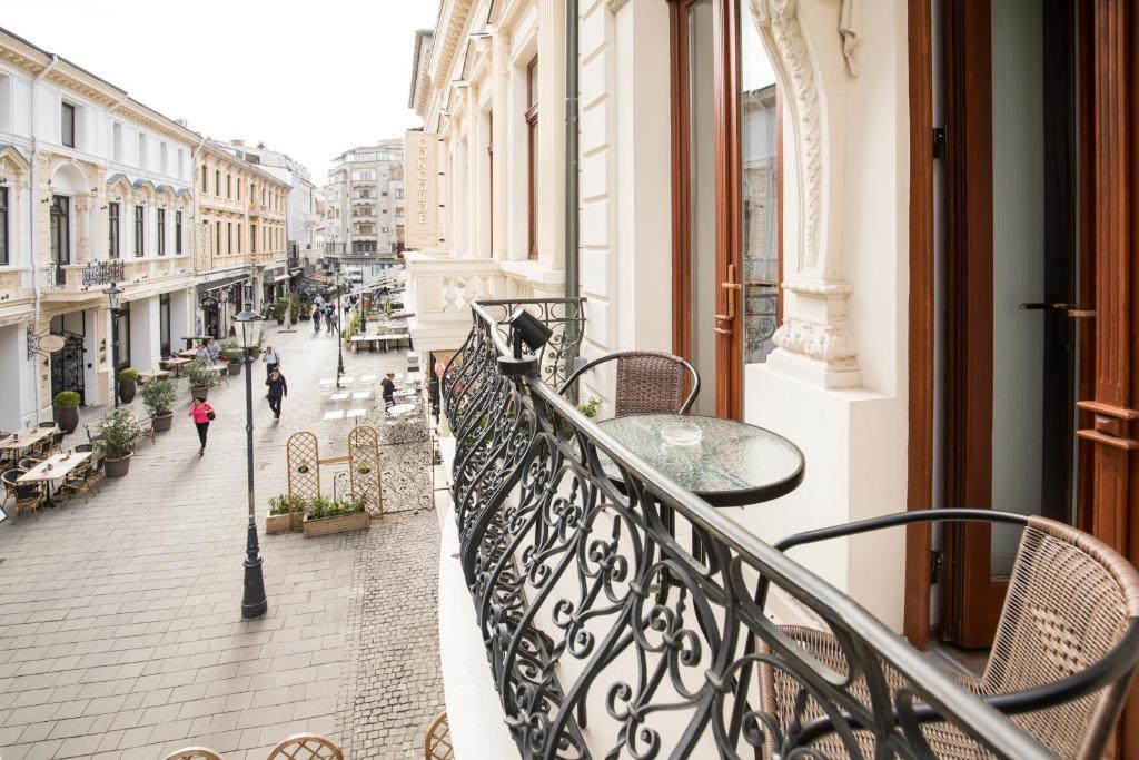 Concorde Old Bucharest Hotel Balkon Booking.com  - Dit zijn de 30 mooiste steden in Europa voor jouw volgende stedentrip